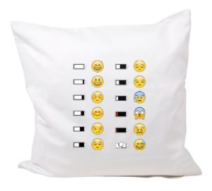 Emoji mit Glücklich Unglücklichem Akku whatsapp smiley kissen